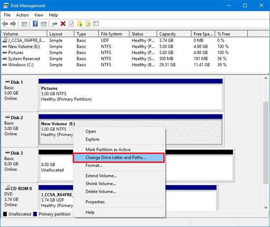 Vérifiez la carte SD dans la gestion des disques